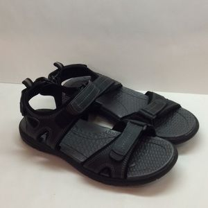 Men's Khombu Sandals Black and Grey Barely Used
